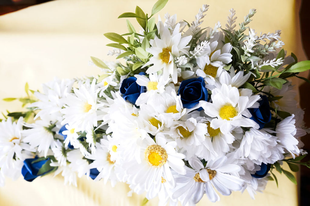Coombe Lodge navy yellow bridal bouquet Emma Petersson Bristol